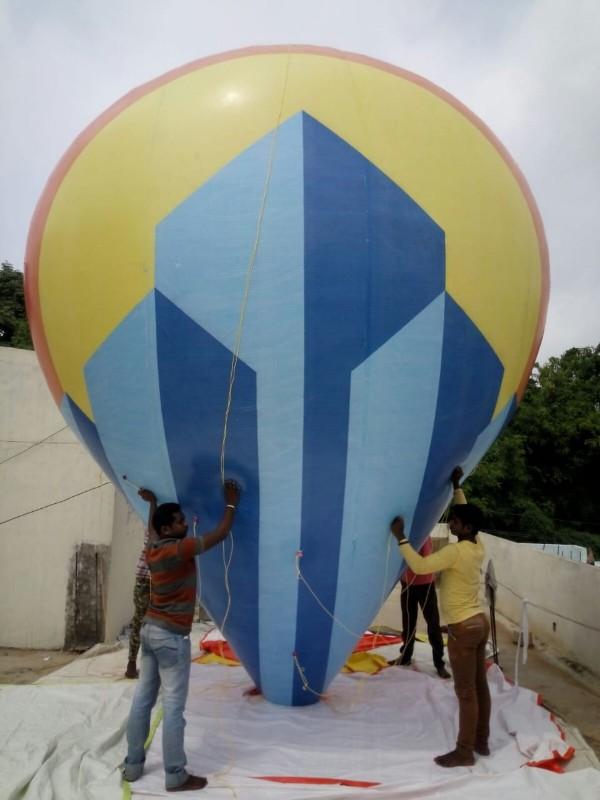 Helium Balloon Advertising & Inflatables at Dubai, Sharjah, Ajman